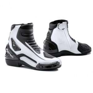 Forma Axel Boots Black White