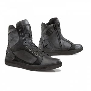Forma Hyper Boots Black