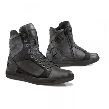 Forma Hyper Casual Motorcycle Boots Black
