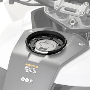 Givi BF50 Tanklock Fitting Kit Suzuki GSXS1000 2015 on