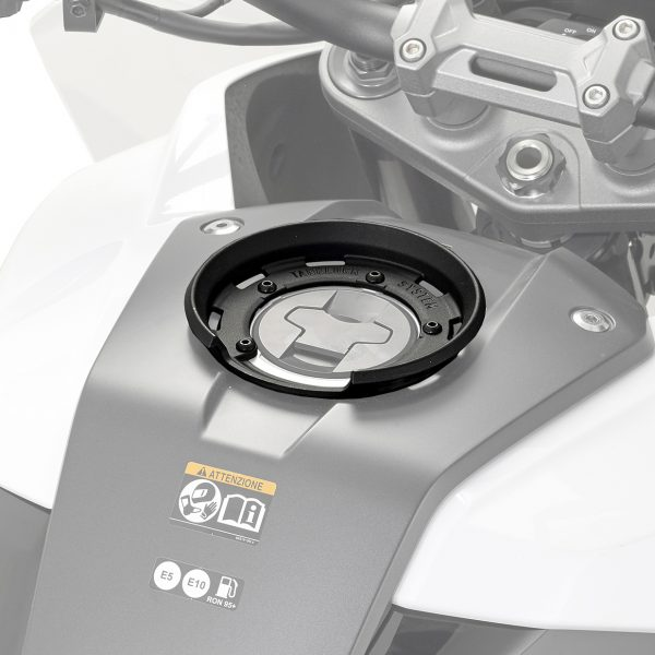 Givi BF50 Tanklock Fitting Kit Suzuki GSXS1000 2015 on